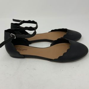 Crown Vintage, Black Leather Flats ( 438)